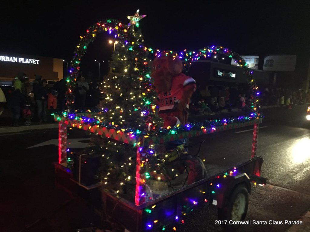 2017 Cornwall Santa Claus Parade - 4